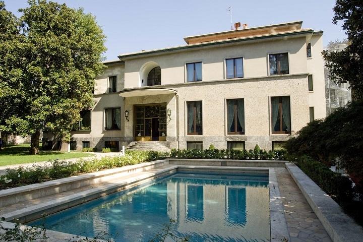 Villa Storica Con Giardino E Piscina In Centro