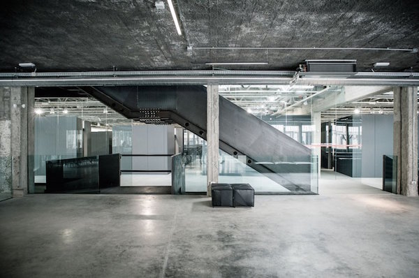 Location industriale zona piazzale lodi milano for Coworking navigli